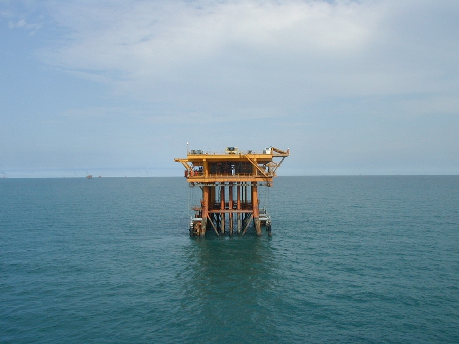 oil rig2